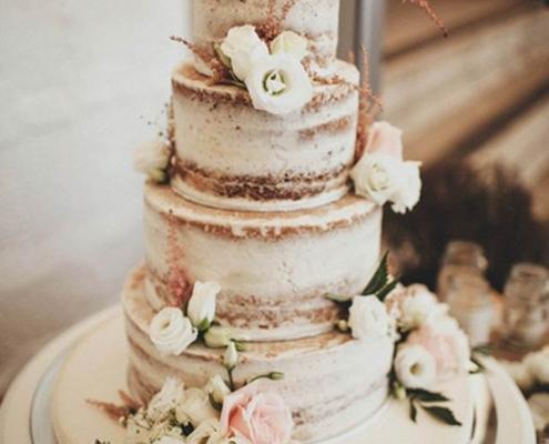 Esküvőitorta-rusztikus